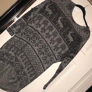 Sweaters - Christmas grey sweater